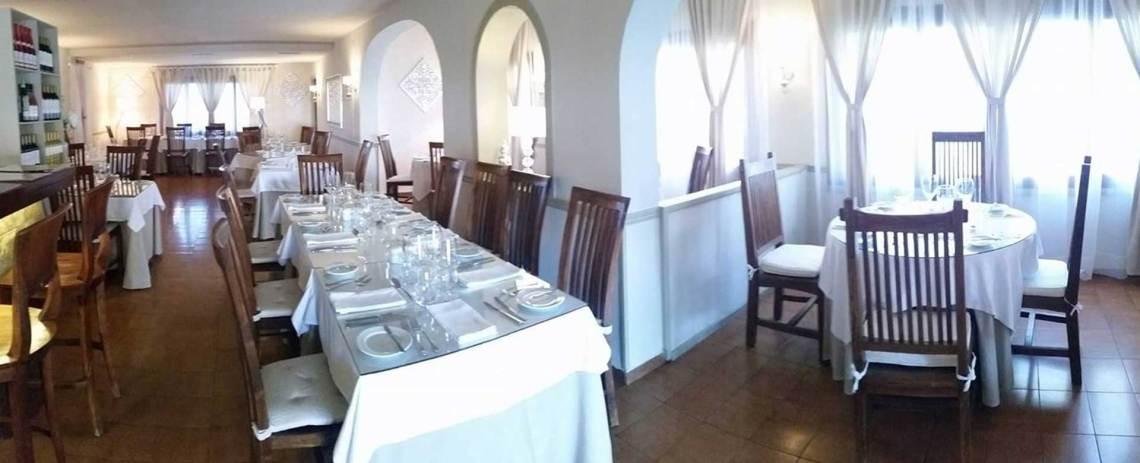 olive tree restaurant slide3