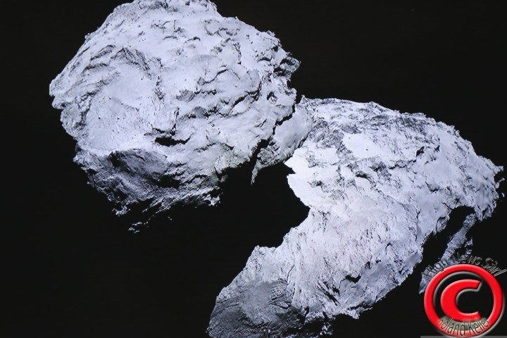 rosetta - ©Roland Keller - https://www.flickr.com/photos/rolandkeller/14846502082