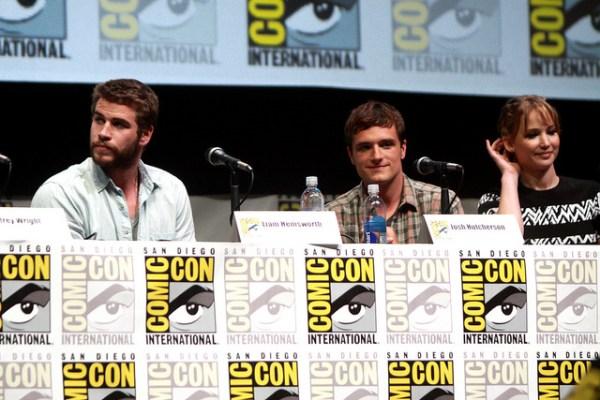 Liam Hemsworth, Josh Hutcherson & Jennifer Lawrence - © Gage Skidmore www.flickr.com/photos/gageskidmore/9355335791