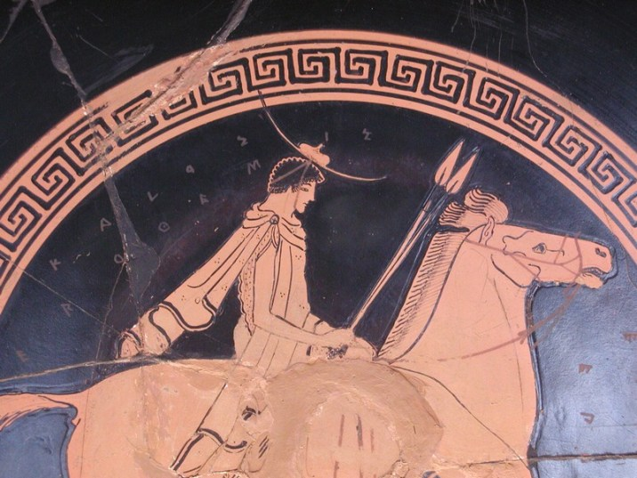 ©https://commons.wikimedia.org/wiki/File:Euphronios_0002,_Rider_detail_Louvre_G105.jpg