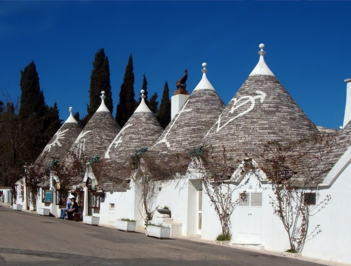 Trulli_Alberobello ©https://commons.wikimedia.org/