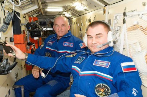 ISS-48 Jeffrey Williams and Alexey Ovchinin in the Rassvet module