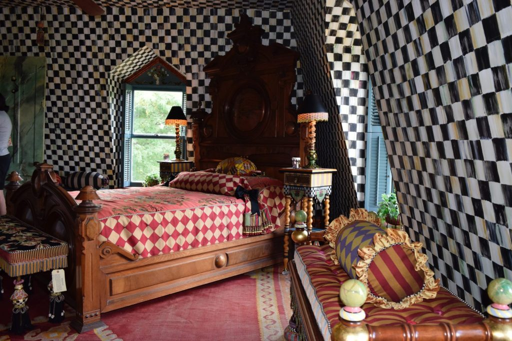 Bedroom featuring Mackenzie-Childs courtly check
