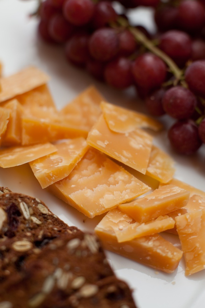Sliced Gouda Cheese for the No fuss appetizer platter