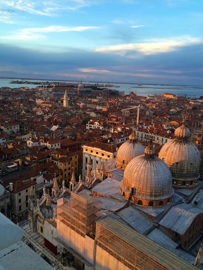 A beautiful photo of Venice Italy at sunset