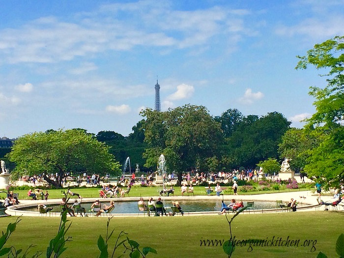 Eating Our Way Across Europe: Paris Part 1~ Refreshing Summer Drinks