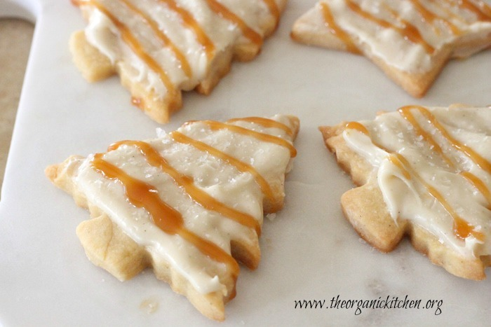 Shortbread Cookies with Salted Caramel