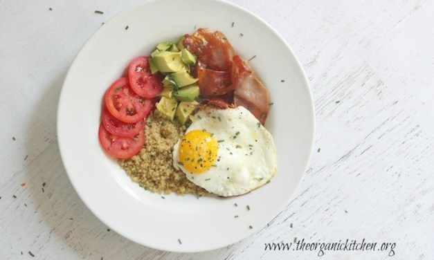Simple Quinoa Breakfast Bowl