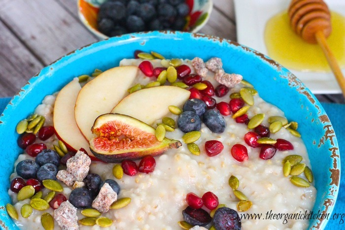 Steel Cut Oats with Seasonal Fruit