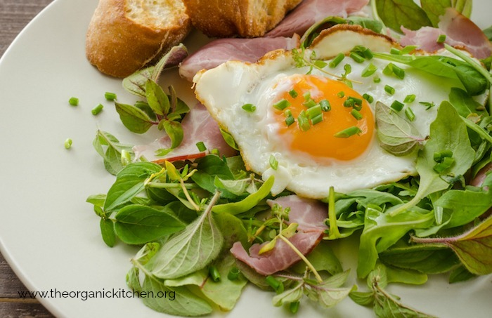 Simple Green Salad with Ham and Fried Egg