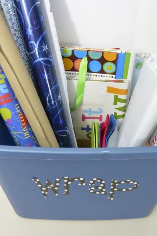 Organizing My Gift Wrapping Stuff