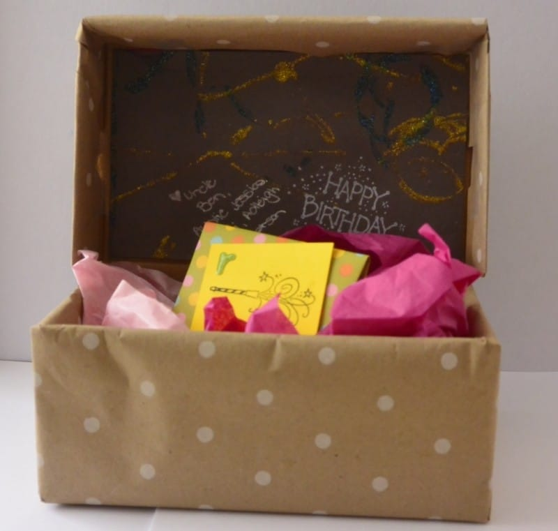 adorable ideas for wrapping gift cards in box