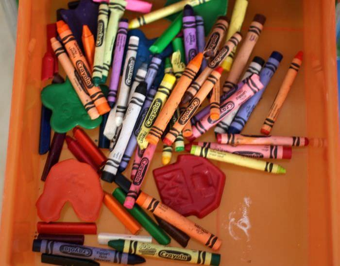 Organizing The Office And Craft Room - Crayons