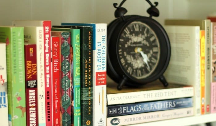 Decorating Living Room Shelves - Clock And Books