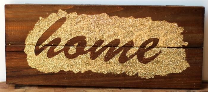Glitter Plank Board Sign Tutorial - Glitter HOME Board