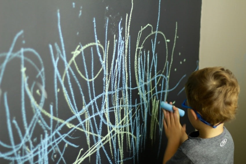 Kids Art Room Ideas - Chalkboard Wall