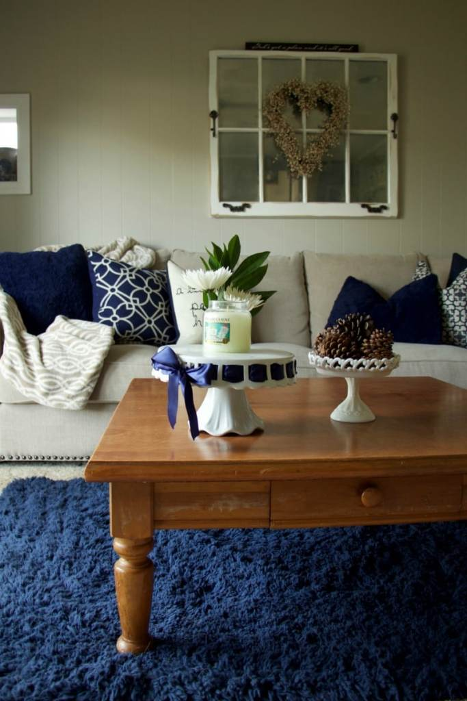 navy-and-neutral-living-room