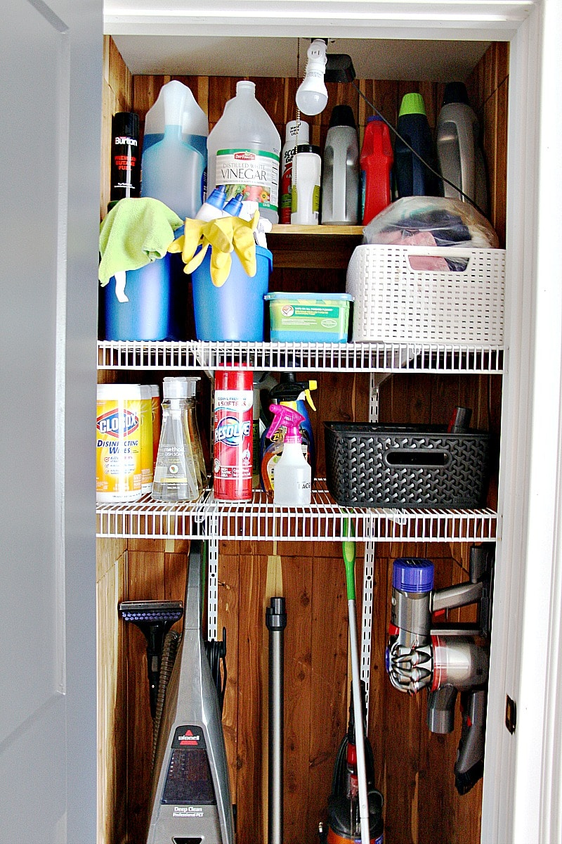 how to organize cleaning supplies