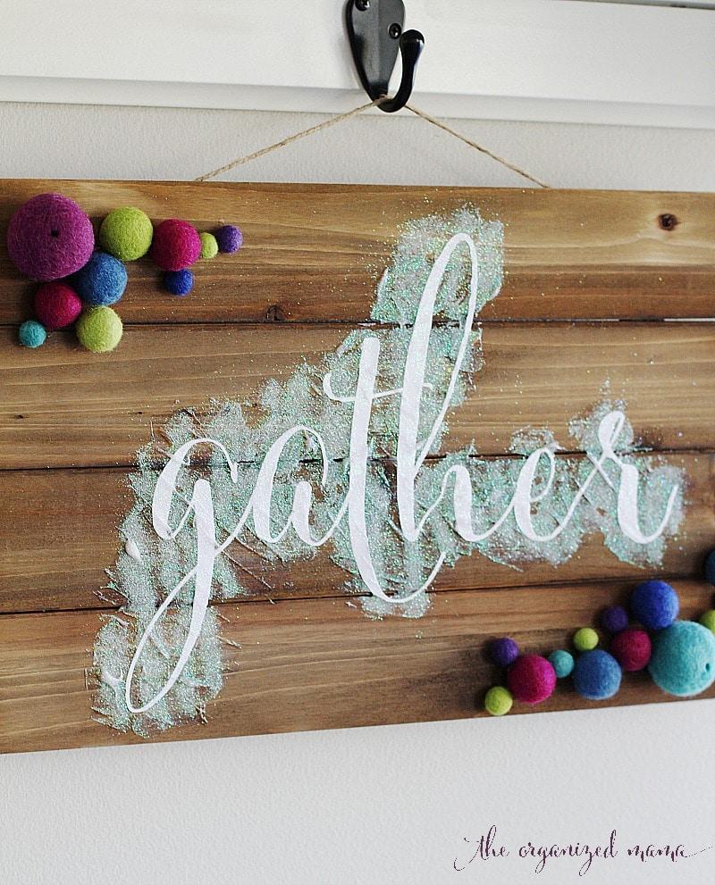 DIY wood glitter sign