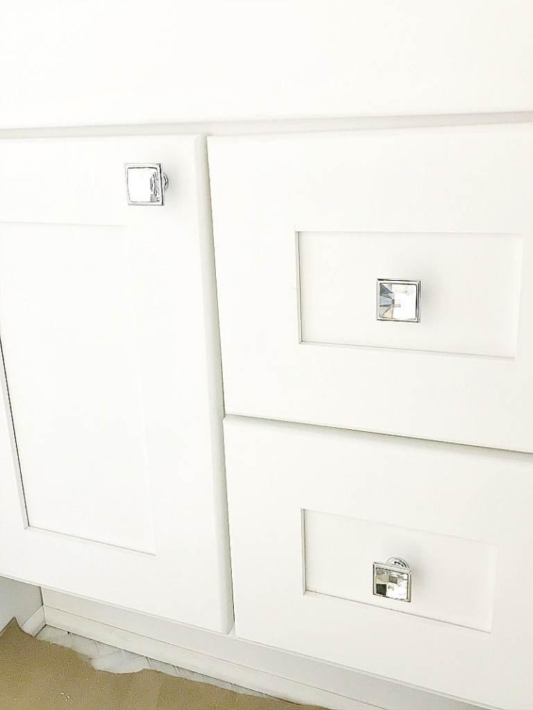 bathroom knobs