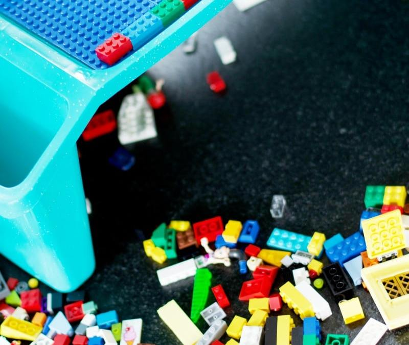 DIY Lego-Compatible Table And Storage
