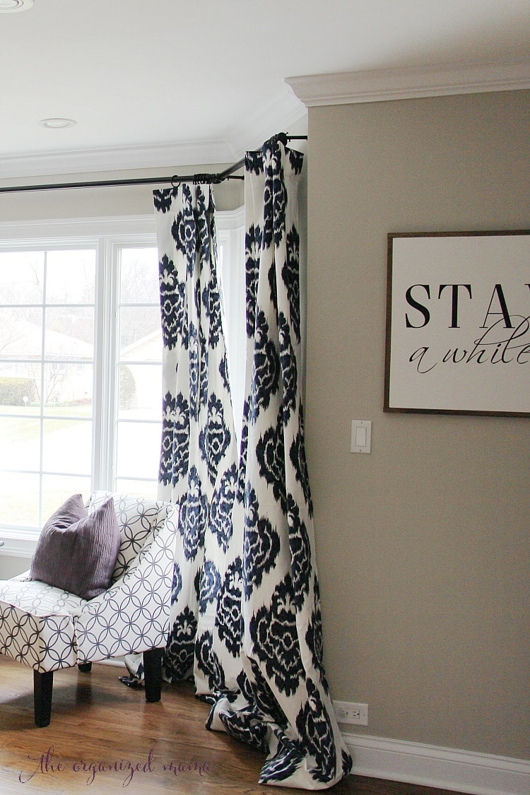 how to hang bay window curtains on an