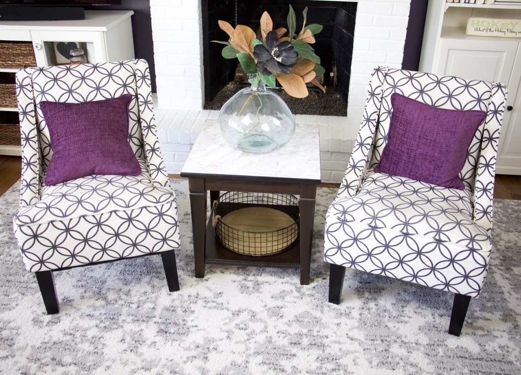 upcycle end table with marble top easy liner and chairs