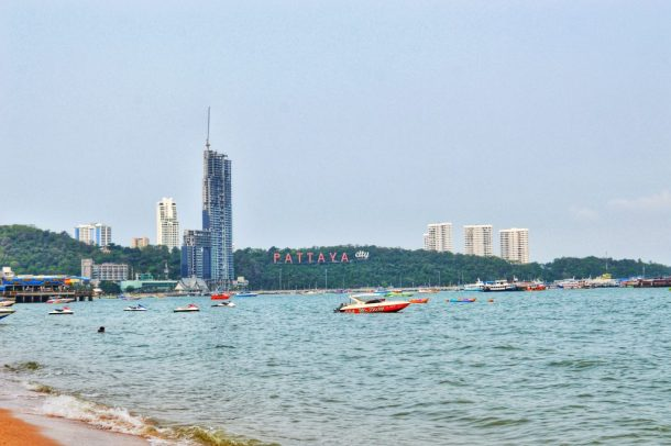 Go the Beach Way on a Girl Gang trip - Pattaya
