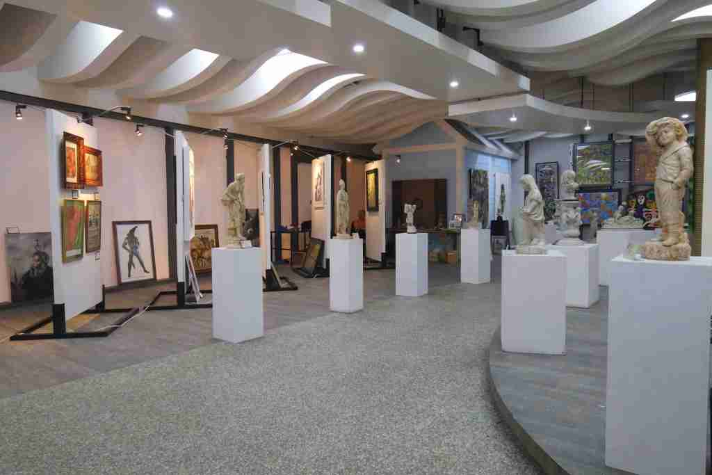Century City Mall Exhibit: A Century of Philippine Art