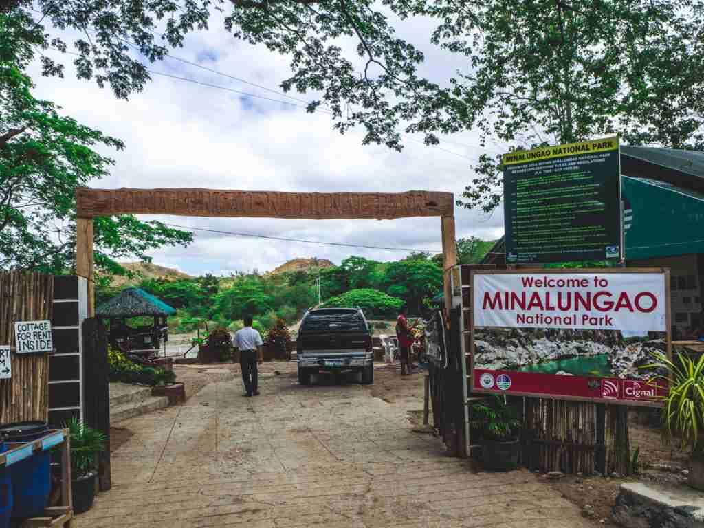 Minalungao National Park entrance