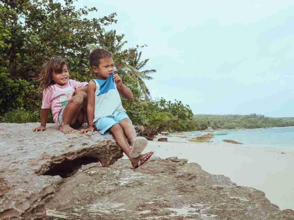 kids of guinahoan island