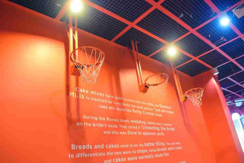 besketball court in dessert museum manila