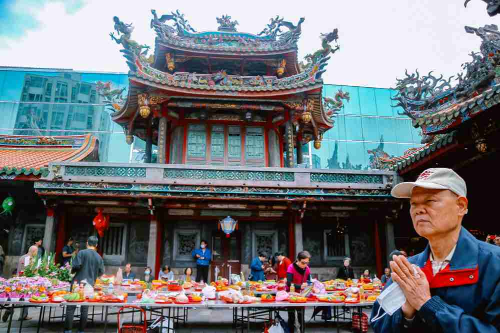6 days Taiwan travel guide and itinerary Longshan Temple