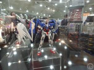 Otakon-2015-toys207