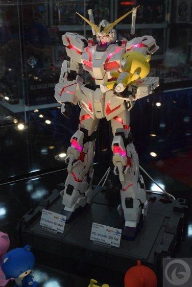 Otakon-2015-toys51