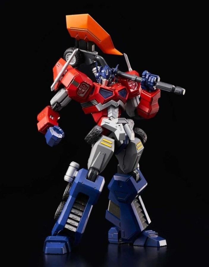 flame-toys-optimus-prime-attack-mode-03