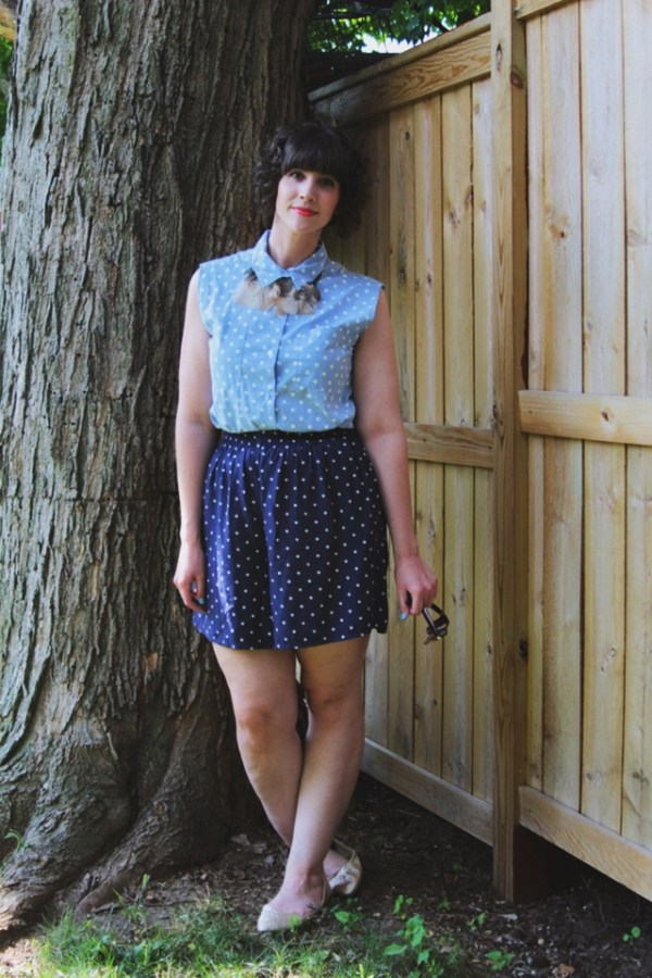Outfit: Blue polka dot top, matching shorts, DIY feather necklace. 14 Best Outfits of 2014 hannah rupp the outfit repeater thrifted fashion clothes