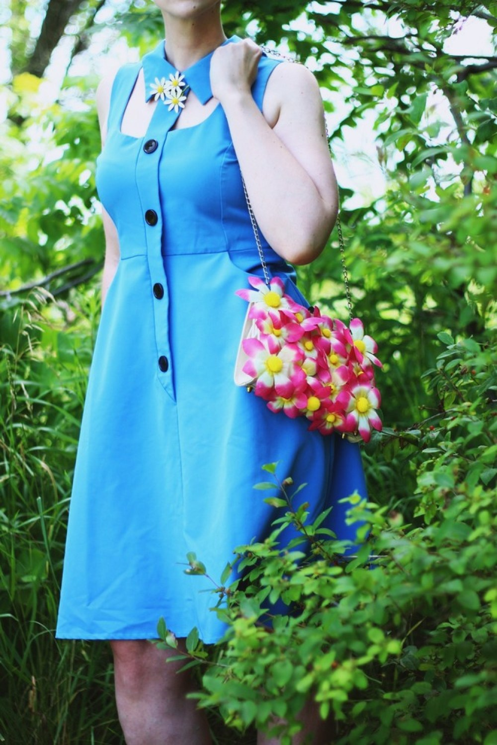 hannah rupp the outfit repeater mod 1960s Cherry Velvet collared dress vintage daisy broach Twiggy haircut makeup