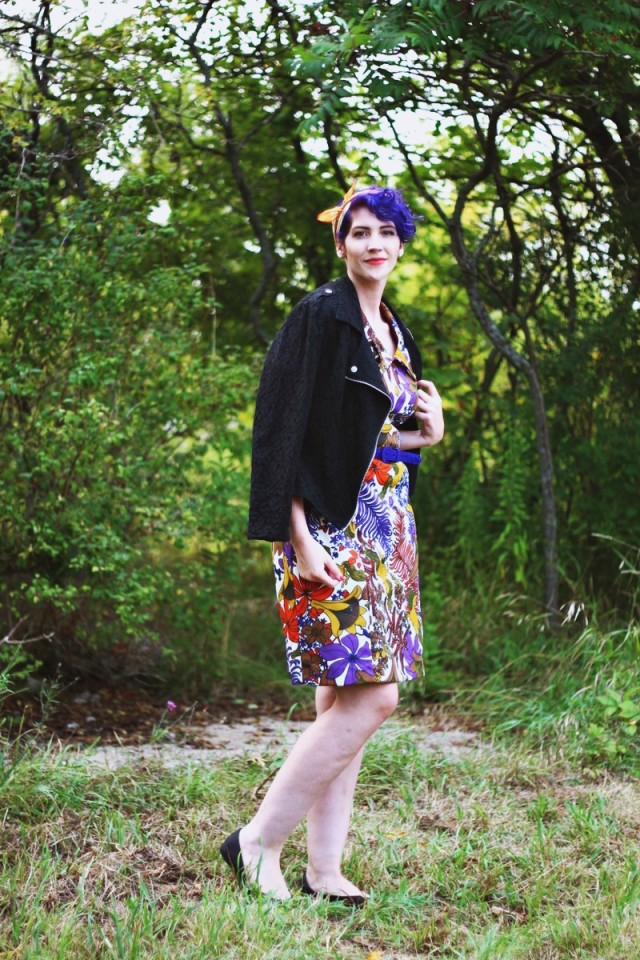 horse-print-dress-purple-hair-outfit-03