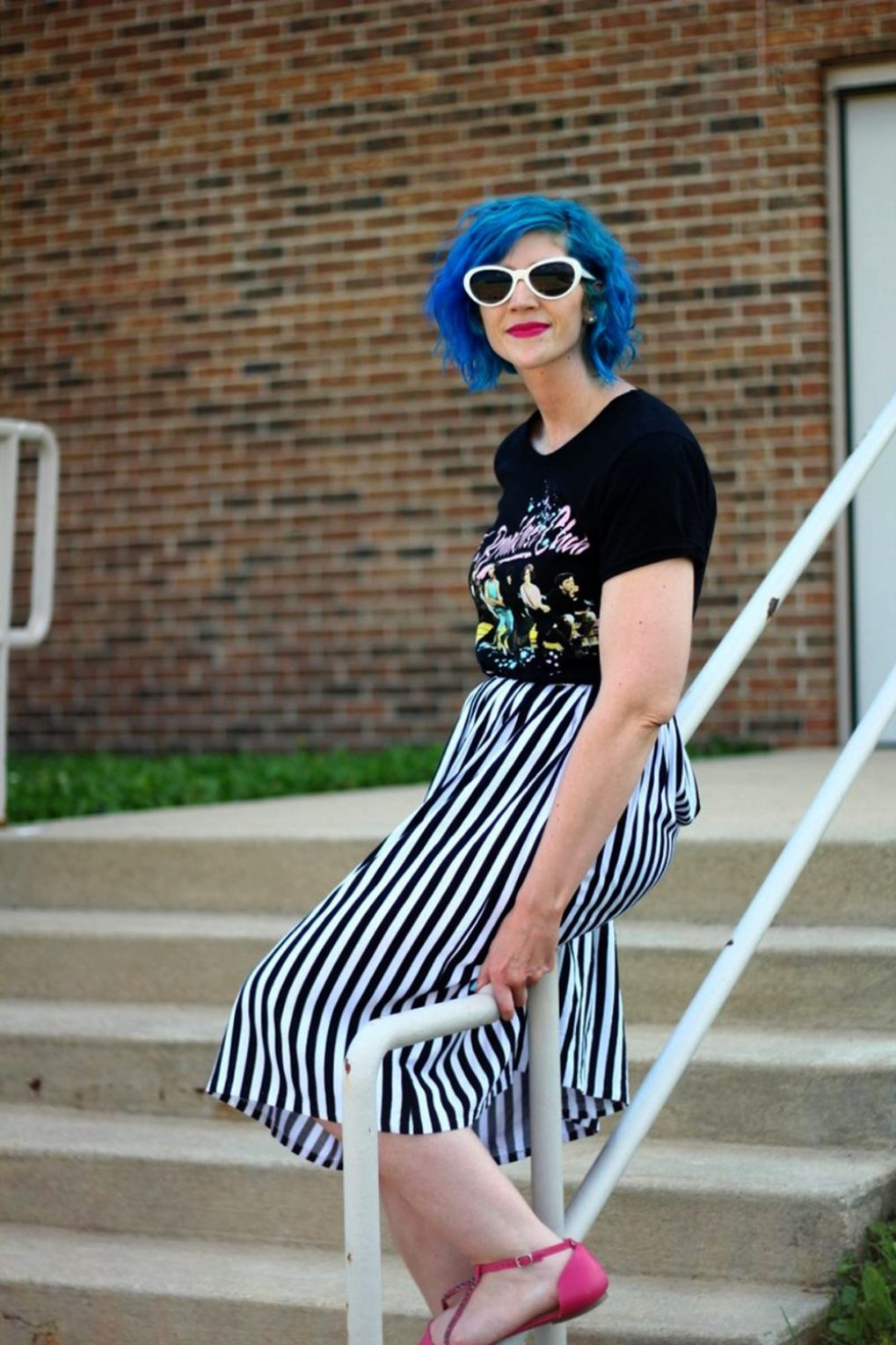 Outfit: Breakfast club graphic tee, black and white striped skirt, blue hair, pink lipstick, pink flats, white Giant Vintage sunglasses