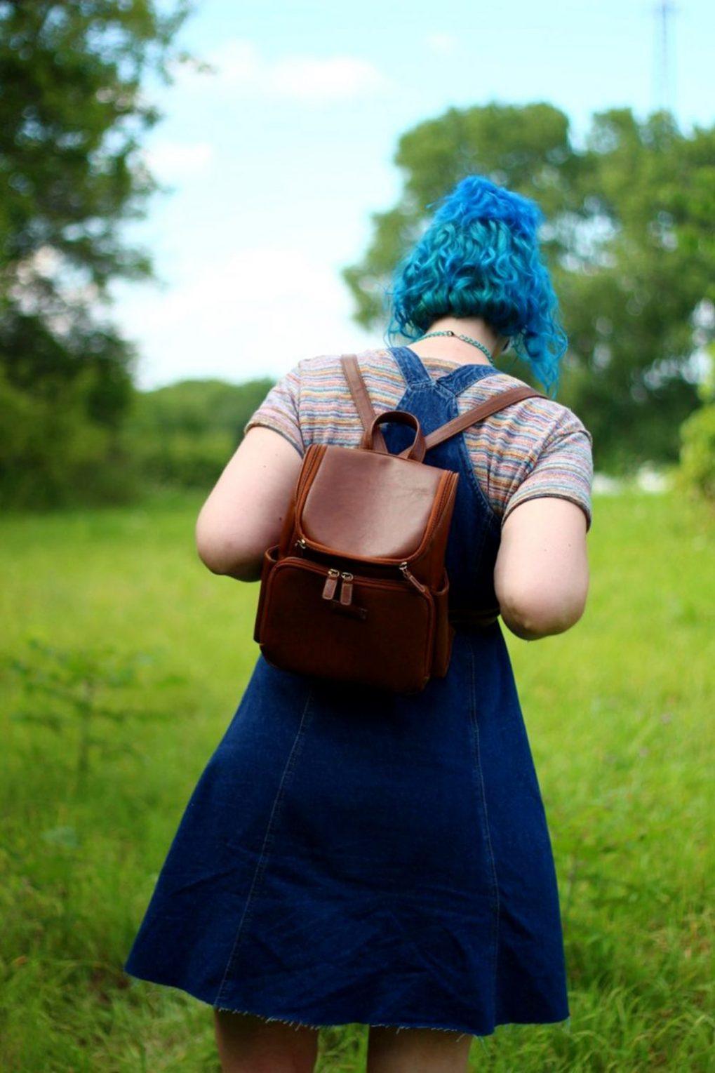 rainbow-crop-top-denim-jumper-blue-hair-outfit-07