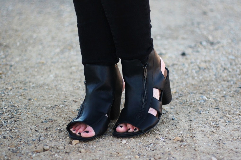 Outfit details Seven Dials Shoes Lyndsey