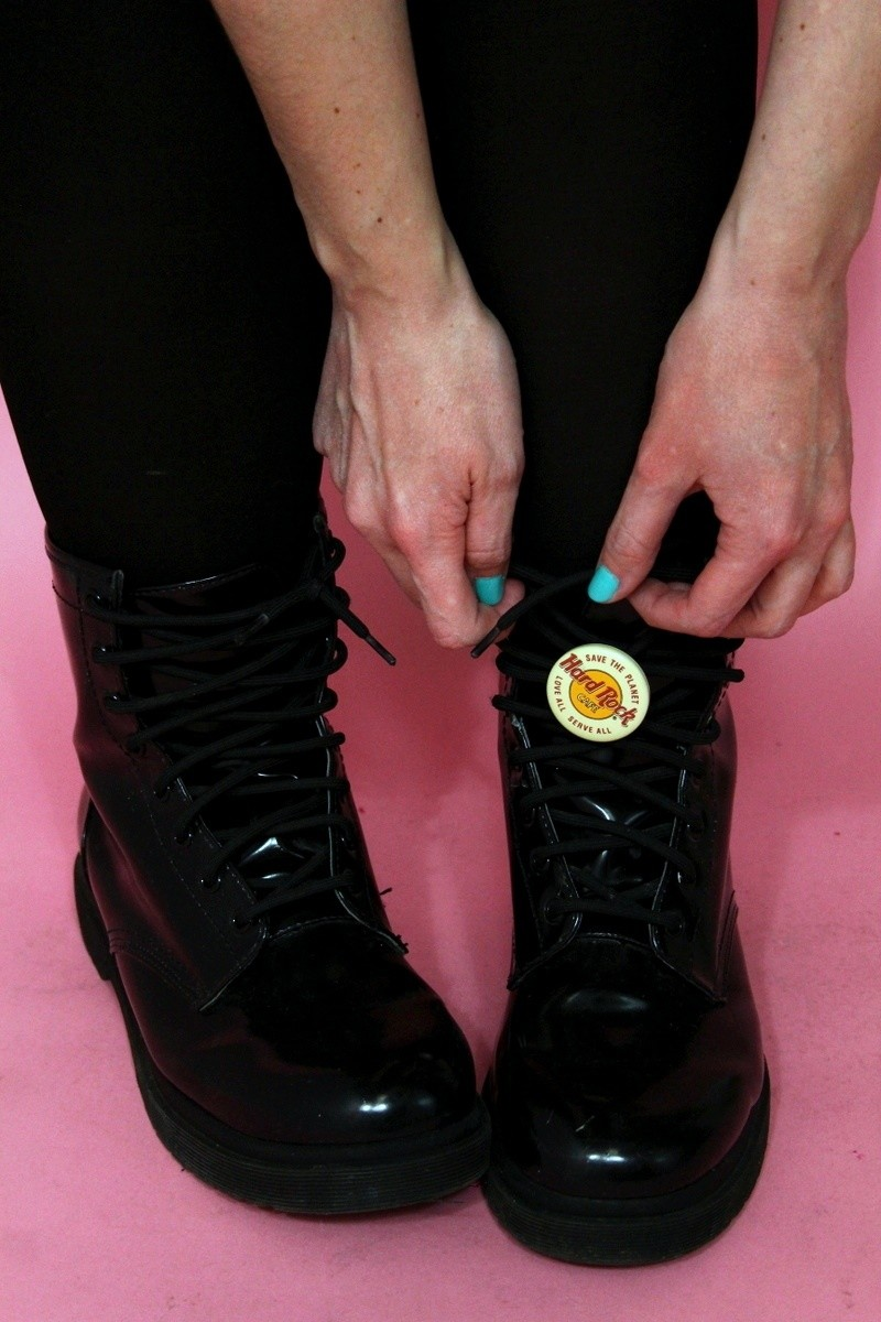 hannah rupp the outfit repeater simple clothing hacks vintage thrifted punk edgy flair enamel pins