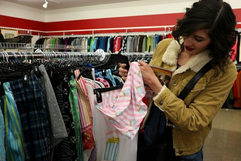 janesville wisconsin thrift store review salvation army hannah rupp the outfit repeater