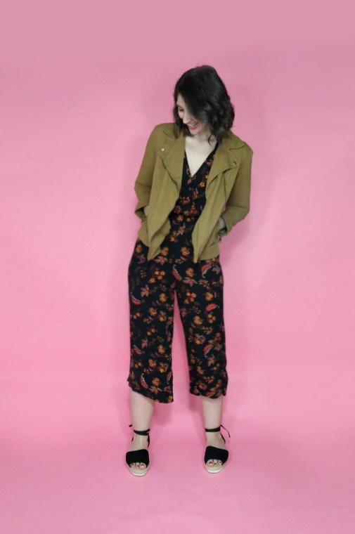 june-thrift-haul-video-outfits-2020-hannahrupp-theoutfitrepeater-06