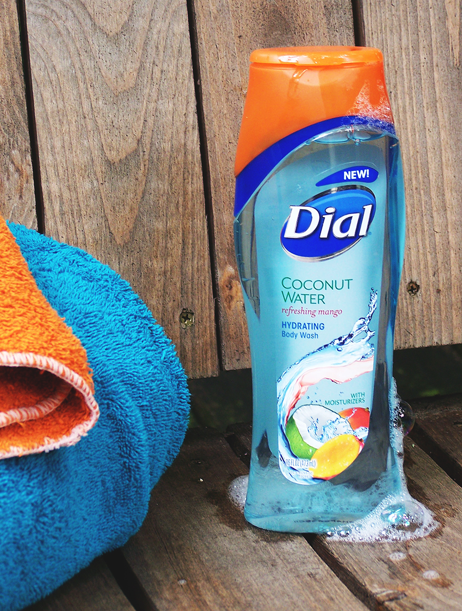 Dial® Coconut Water Refreshing Mango Body Wash Review and Giveaway! Ends 08/09