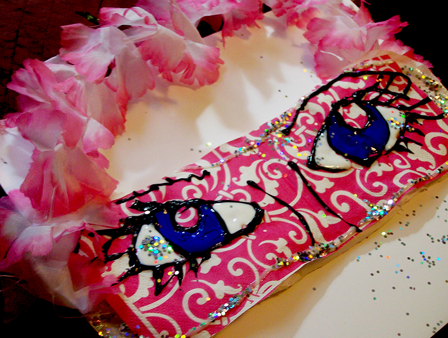 Craft A Cute, Sparkly Sleep Mask! Plus Get Free Poise Samples! #RecycleYourPeriodPad