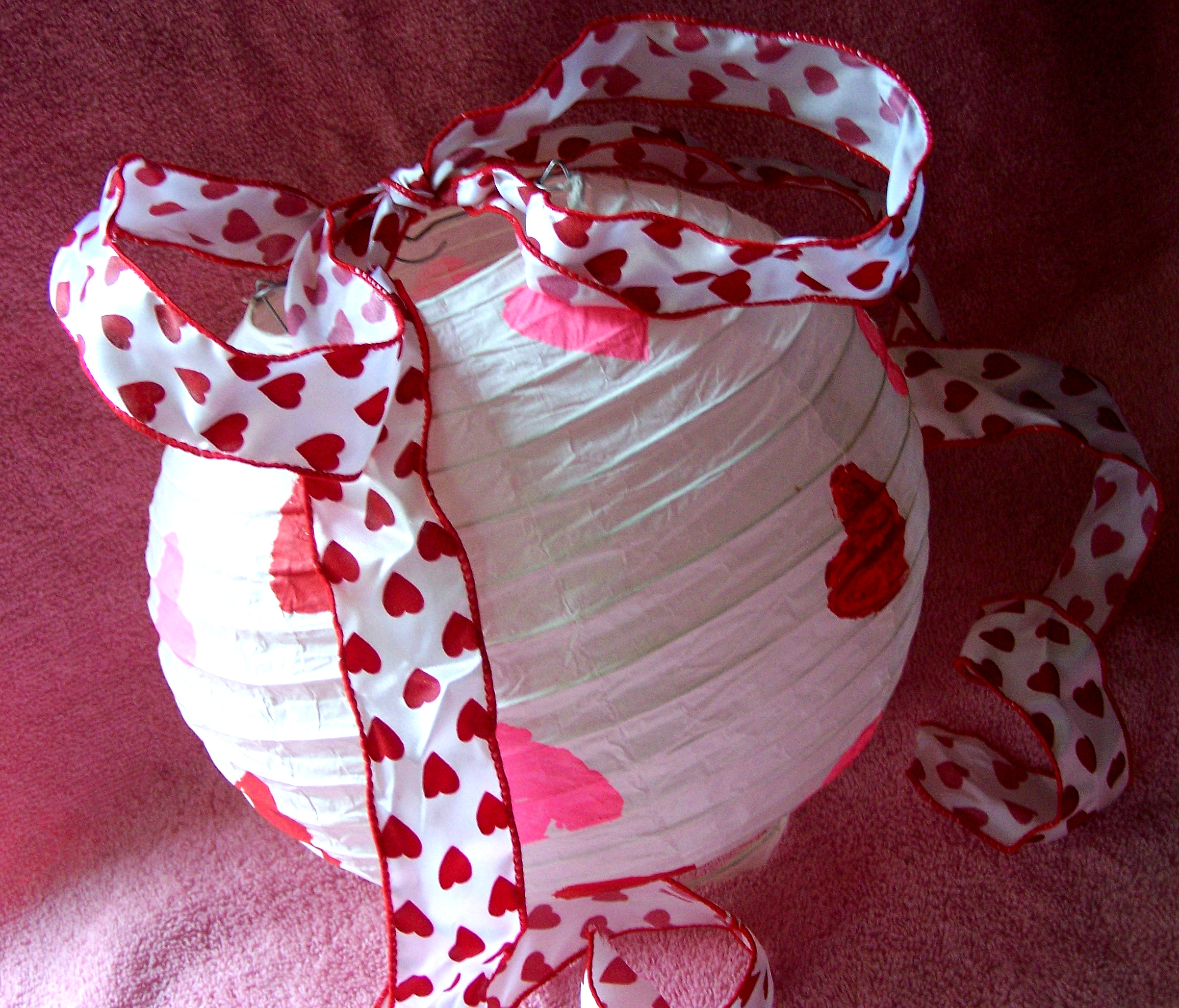 paper lantern sweetheart hearts valentine valentine's lanterns paint painted heart ribbon pretty pink red white craft howto easy quick kids diy fun day