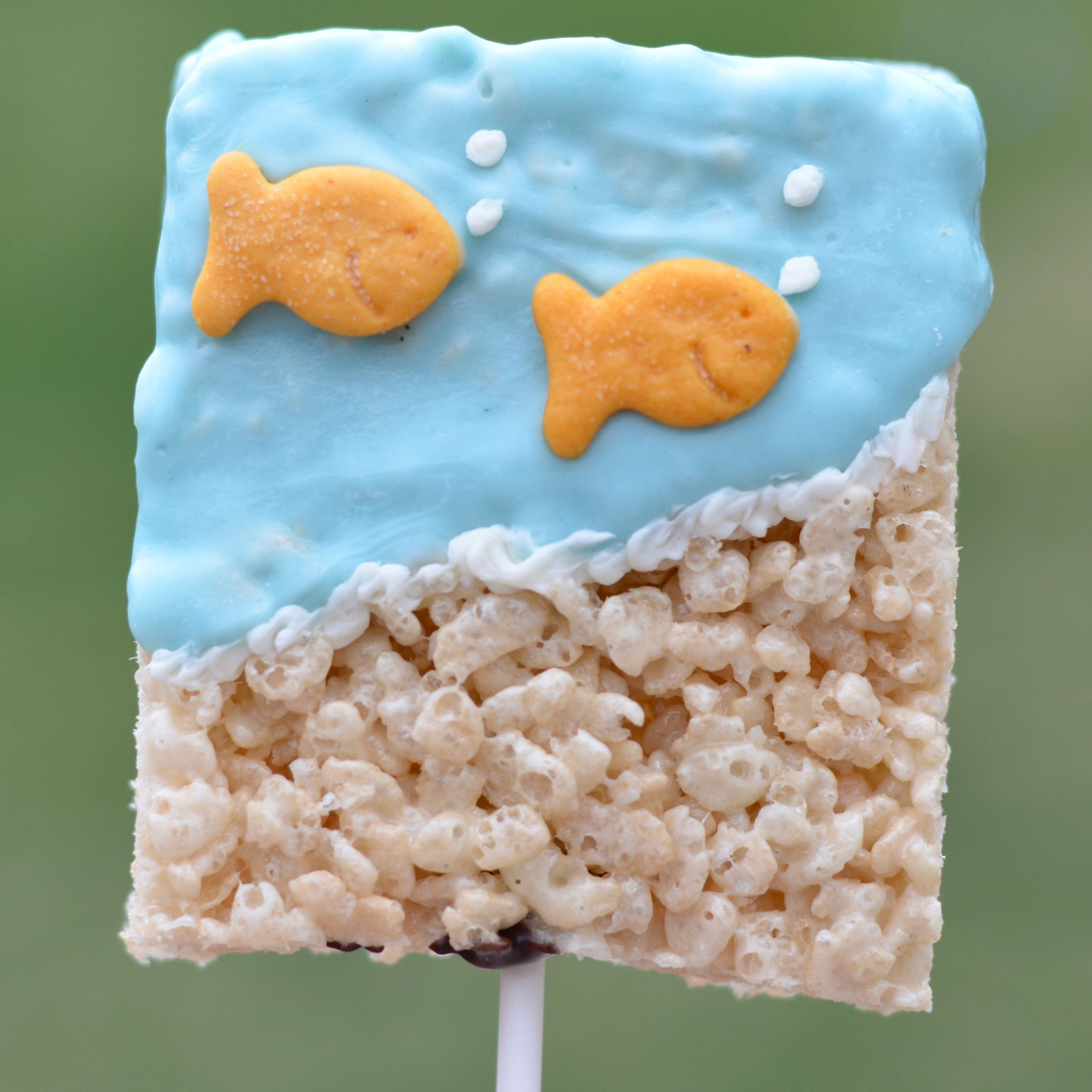 Birthday Party Favors Kids Party Easy Rice Krispie Treats With Goldfish The Oven Light