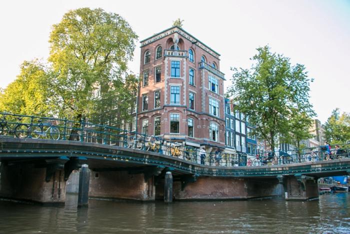 Amsterdam_Canal-14_Netherlands